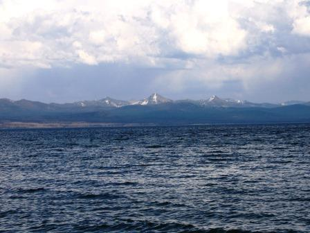 yellowstone-lake