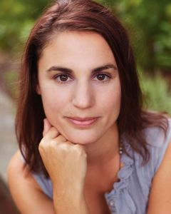Sarah Creech Headshot.